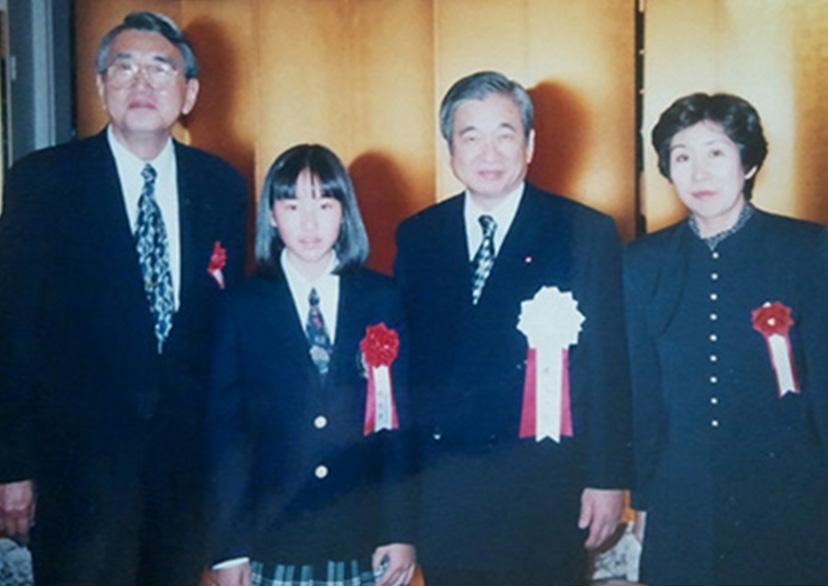 井上一成郵政大臣(当時)と記念撮影